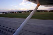 Rf-airport-les-milles-plane-runway-tarmac-otr0170