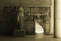 Entry to the Stoa von Erik Schmitt