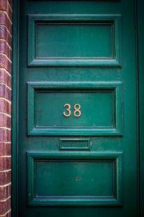 Door No. 38 von Kelly Pack