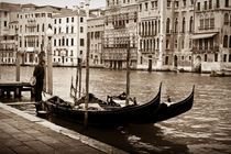 The Lonely Gondolier von Christopher Waddell