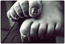 turned heads, curled toes von Fiona Christensen