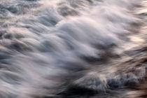 Crashing Waves von Lennox Foster