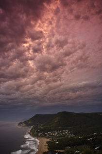 Pink Sky, Illawarra Coast by Cameron Booth