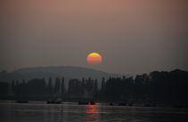 Sonnenuntergang am See von Bea  Gaberthüel