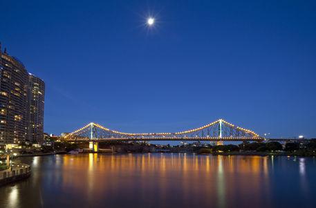 Brisbane-storey-bridge-8738