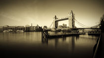 London, Tower Bridge by Alan Copson