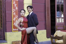 tango dance couple 5 Buenos Aires La boca by Leandro Bistolfi