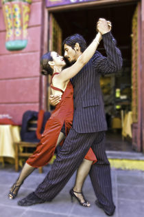 tango dance couple 2 Buenos Aires La boca by Leandro Bistolfi