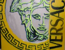 Versace von Liliana Lemberg