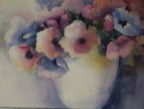 Anemonen in einer Porzellanvase by Stefanie Ihlefeldt