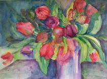 rote Tulpen in Vase by Traudi Bräuninger