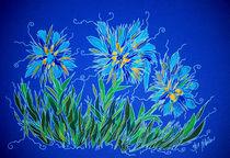 Blumen in Blau by Nikola Hahn