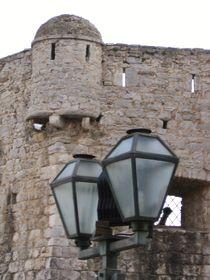 Budva - Gesichter einer Festung von Raymond Zoller