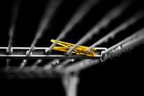 yellow glow by Philipp Kuhnke