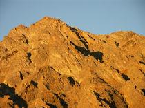 Berge im Lichtwechsel by christian grünberger TIAN GREEN
