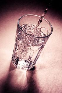 Wasser by Kristin Teuber