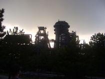 Stahlwerk in der Abenddämmerung von Andreas Krämer