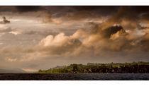 Wolkenstimmung über Hagnau von Jakob Wilden