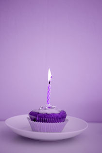 Purple Cupcake by cupcakephotography