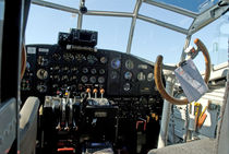 Cockpit Junkers JU 52 by planepix