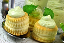 Avocado Yoghurt Cream Pastry von lizcollet