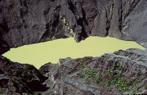 Irazú Volcano by Juergen Weiss