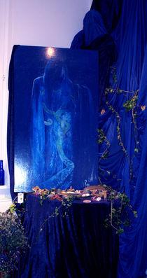 Installation dunkler Engel Tod von Raphaela Langenberg