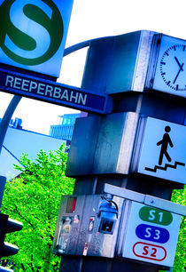 Halt Reeperbahn - Schräges Hamburg von gnubier