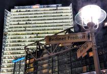 Berliner Welten XIV - Berliner Freiheit by gnubier