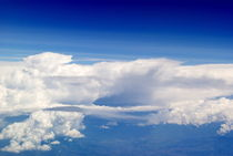 Über den Wolken von Juana Kreßner