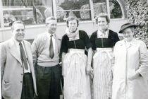 Bussfahrt nach Holland 1954 by Katrin KaciOui