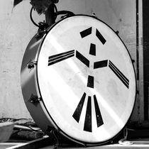 Drum- Trommel by Sylva Guntenhoener-Fissenebert