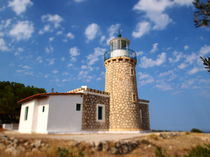 Little Lighthouse by wittery