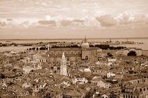 Venedig von oben (Sepia) by Doris Krüger