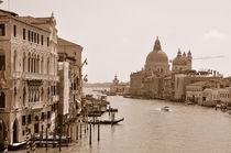Blick auf den Canal Grande in Venedig (Sepia) by Doris Krüger