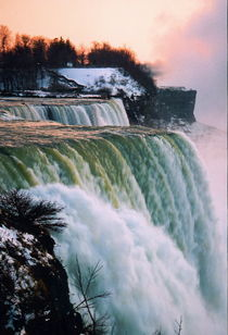 Niagara Falls II by Ria den Breejen