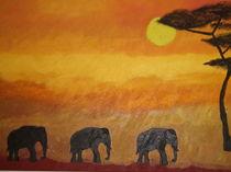 Elefanten auf dem Weg zum Wasserloch am Nachmittag von Anne Rösner-Langener