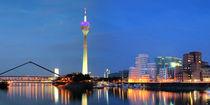 Düsseldorf Skyline - Nacht by Städtecollagen Lehmann