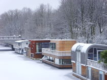 snowbound houseboats (Hamburg- Eilbek) von minnewater