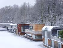 snowbound houseboats (Hamburg- Eilbek) by minnewater