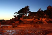 Frankreich - Bretagne Granitküste - Nachtaufnahme by Frank Seidel