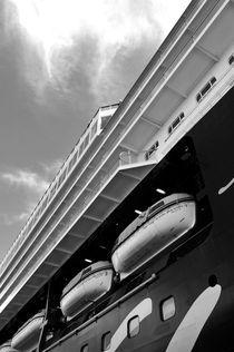 Mein Schiff by Frank Walker