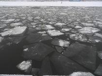 zerbrochenes Eis von wachsma