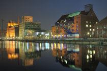 Innenhafen Duisburg bei Nacht von Harald Braun