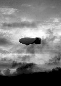 Grey Zeppelin  von tcl