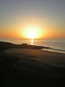 Sonnenaufgang über dem Meer von biene