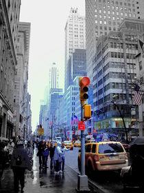 Rainy Day on Fifth Avenue von Nicola Christina
