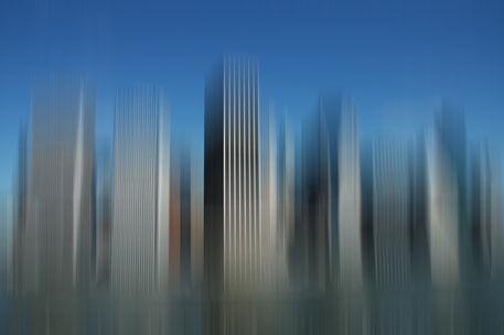 Ny-skyline-motion-blur