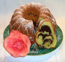 Rosenkuchen - Kuchenrose  by Christiane Köppl