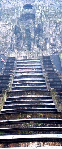 Die Treppe zum Herkules Denkmal by Christa Raatz